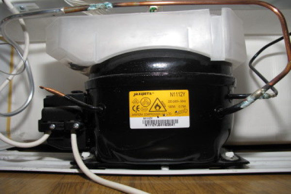 påfyldning af kølemiddel køleskab